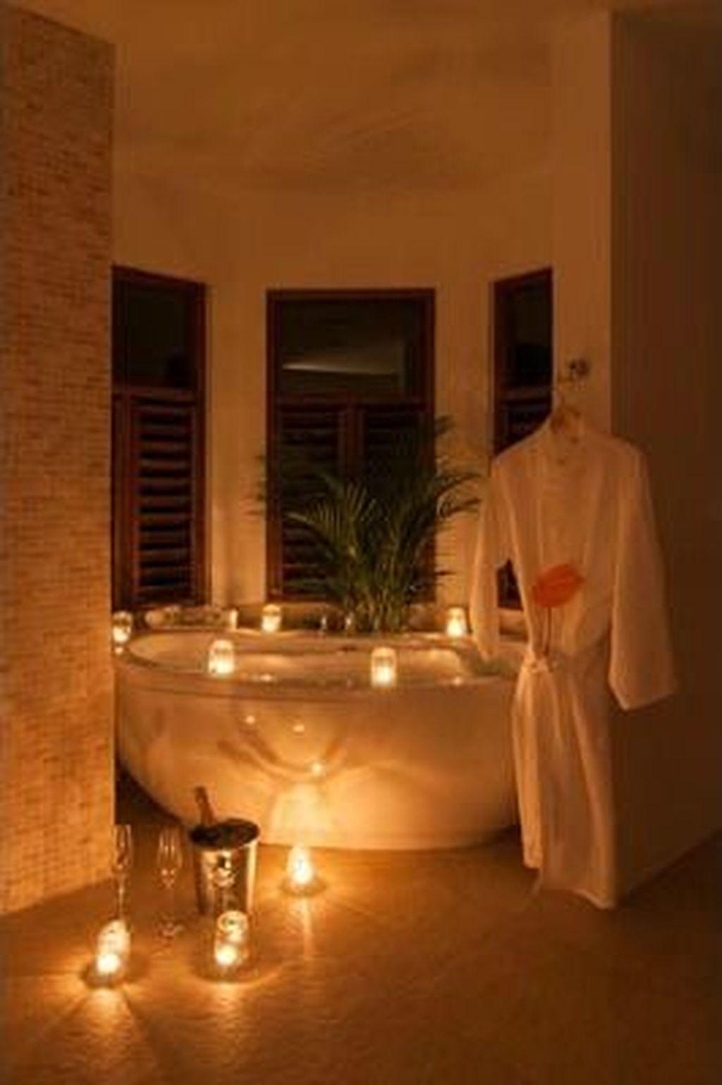 Beautiful Romantic Bathroom Decorations 38