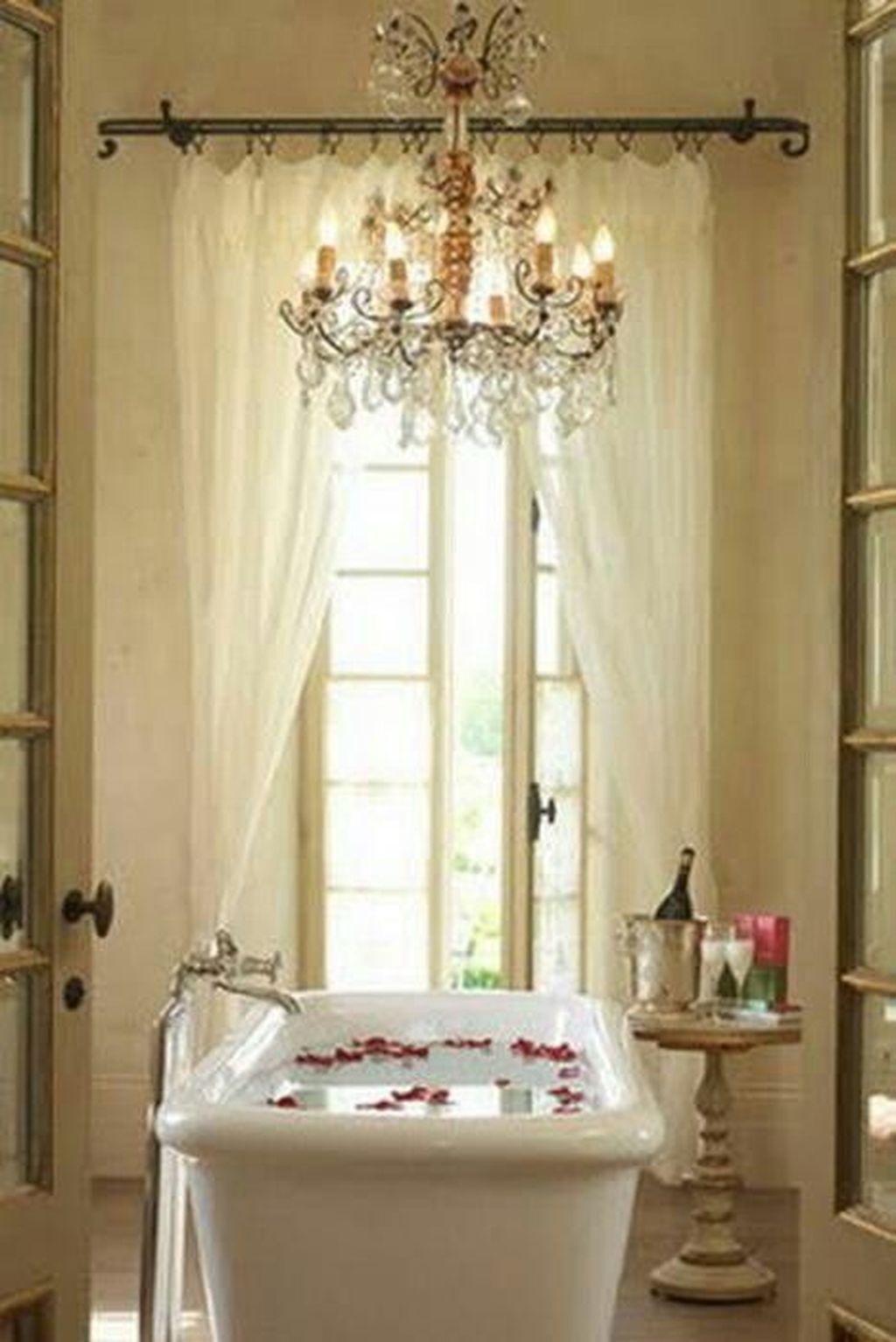 Beautiful Romantic Bathroom Decorations 39
