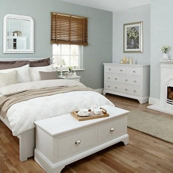 Beautiful White Bedroom Design Ideas 33