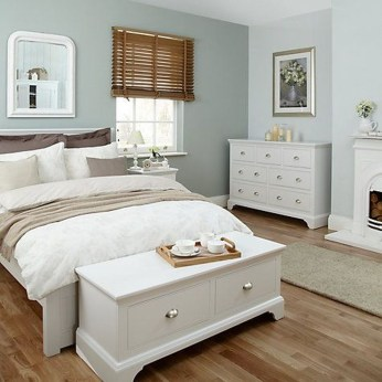 Beautiful White Bedroom Design Ideas 33