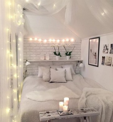 Beautiful White Bedroom Design Ideas 39