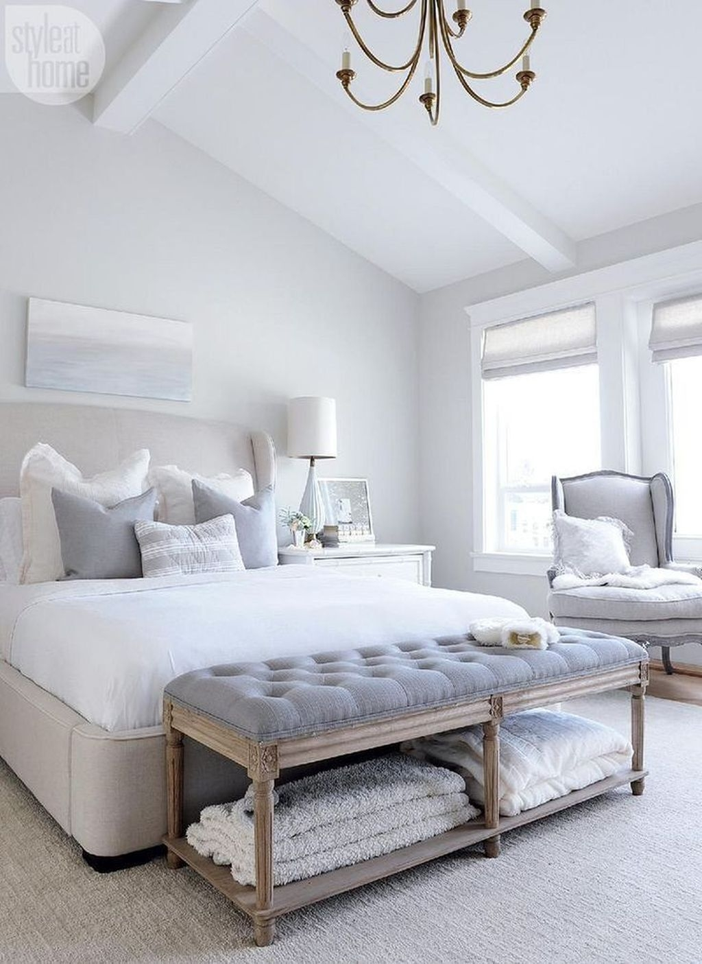 Beautiful White Bedroom Design Ideas 45