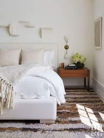 Beautiful White Bedroom Design Ideas 46