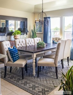 Choosing The Right Farmhouse Dining Room Table 13