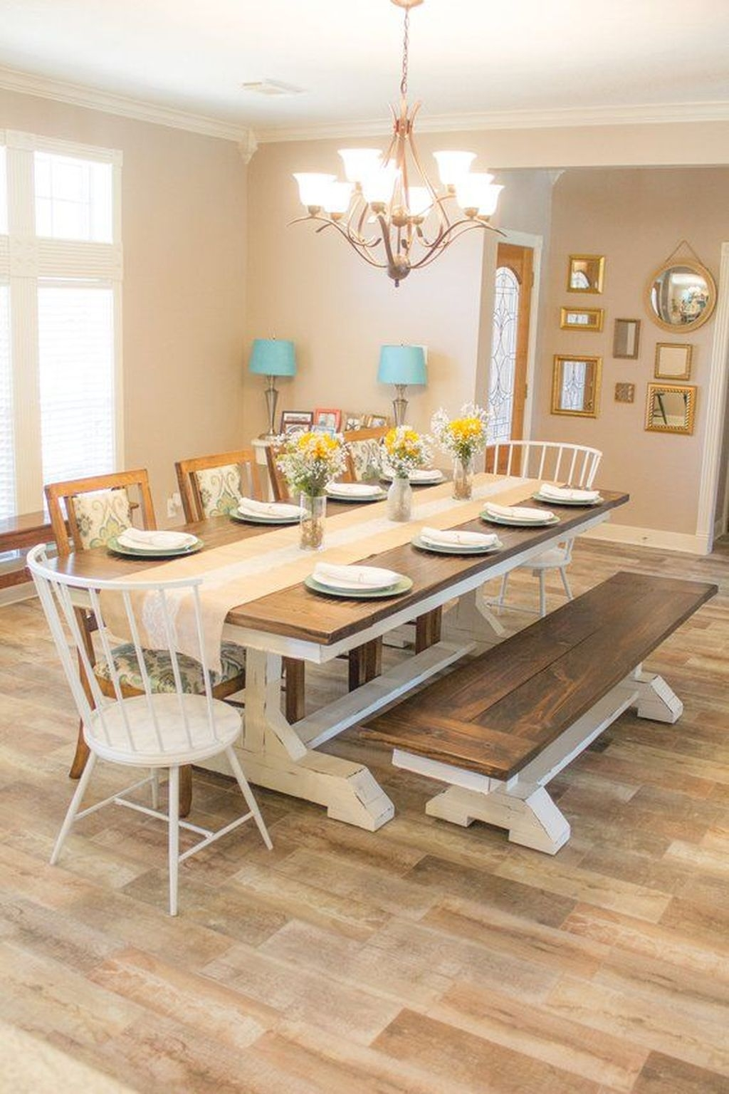 Choosing The Right Farmhouse Dining Room Table 28