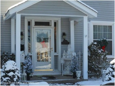 Lovely Winter Front Porch Decoration That Will Make Your Porch Looks Beautiful 17