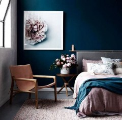 Make Your Bedroom More Romantic With These Romantic Bedroom Decorations 04