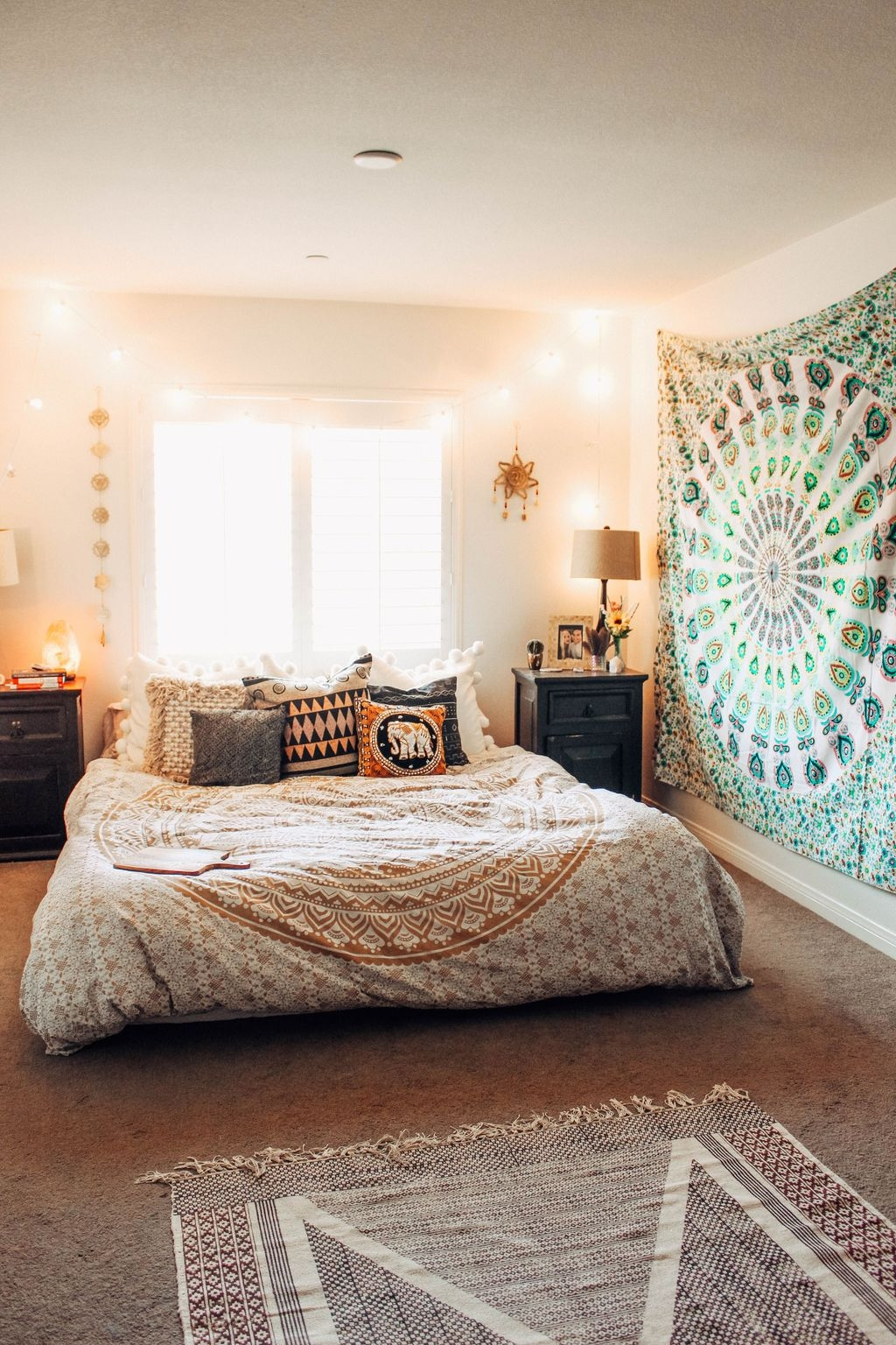 Make Your Bedroom More Romantic With These Romantic ...