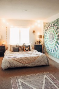 Make Your Bedroom More Romantic With These Romantic Bedroom Decorations 14