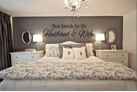 Make Your Bedroom More Romantic With These Romantic Bedroom Decorations 41