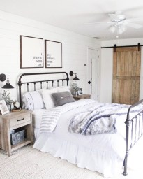 Make Your Bedroom More Romantic With These Romantic Bedroom Decorations 48