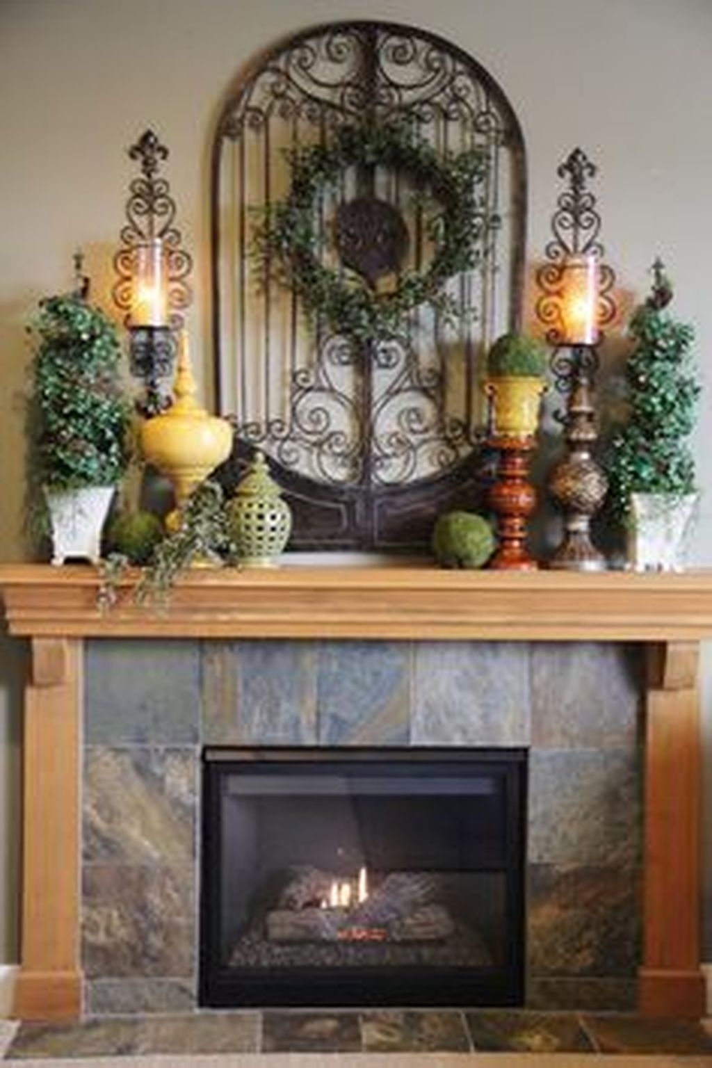 Nice Mantel Decorations Best For Winter 12