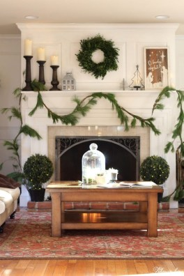 Nice Mantel Decorations Best For Winter 18