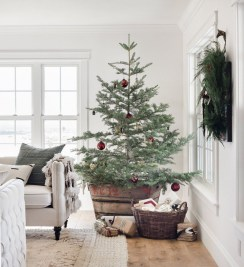 Perfect Ideas To Have Great Vintage Christmas Decoration 23