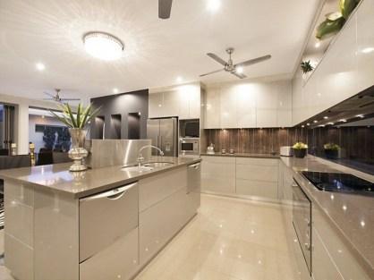 Stunning Modern Kitchen Design 33