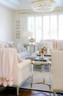Stunning Romantic Living Room Decor 36