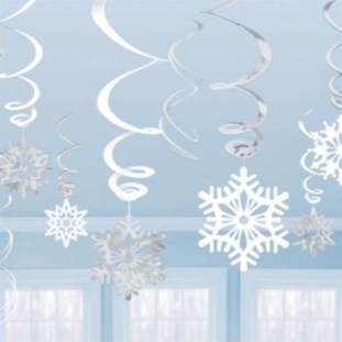 Stunning Winter Office Decorations That You Can Easily Make 43