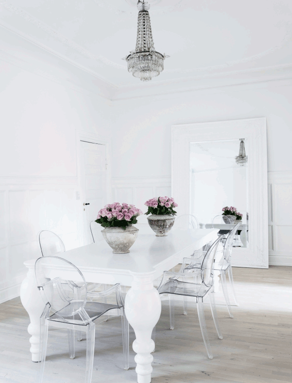 Sweet Romantic Dining Room Decor 12