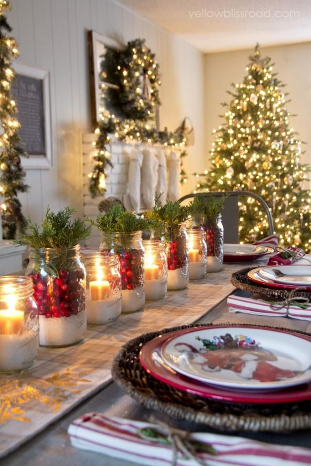 The Best DIY Christmas Centerpiece Decoration For Your Amazing Christmas 06