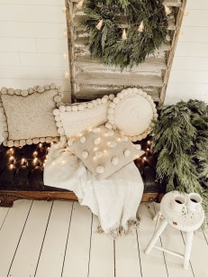 The Best Winter Decoration For Apartment 11