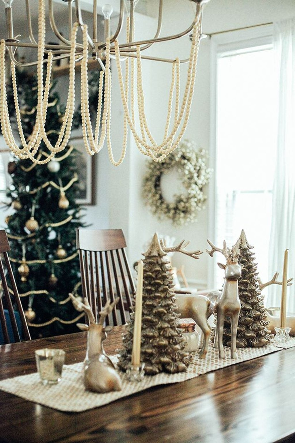 The Best Winter Table Decorations You Need To Try 20