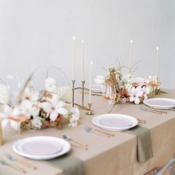 The Best Winter Table Decorations You Need To Try 26