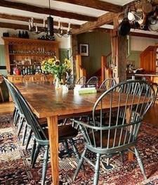Amazing Rustic Dining Room Design Ideas 11