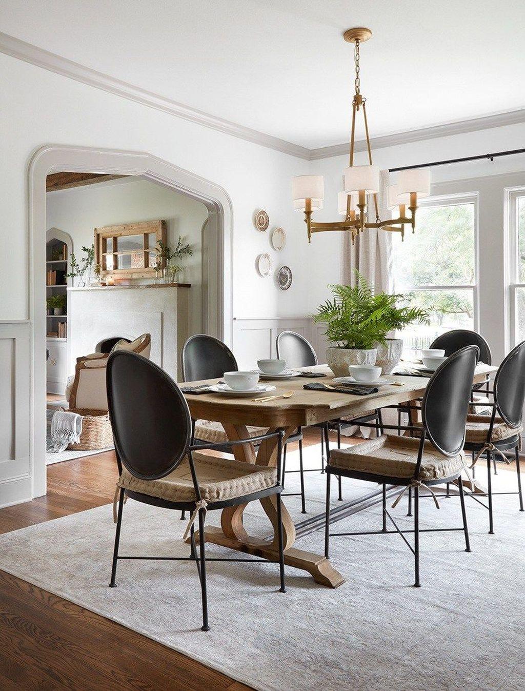 Amazing Rustic Dining Room Design Ideas 17