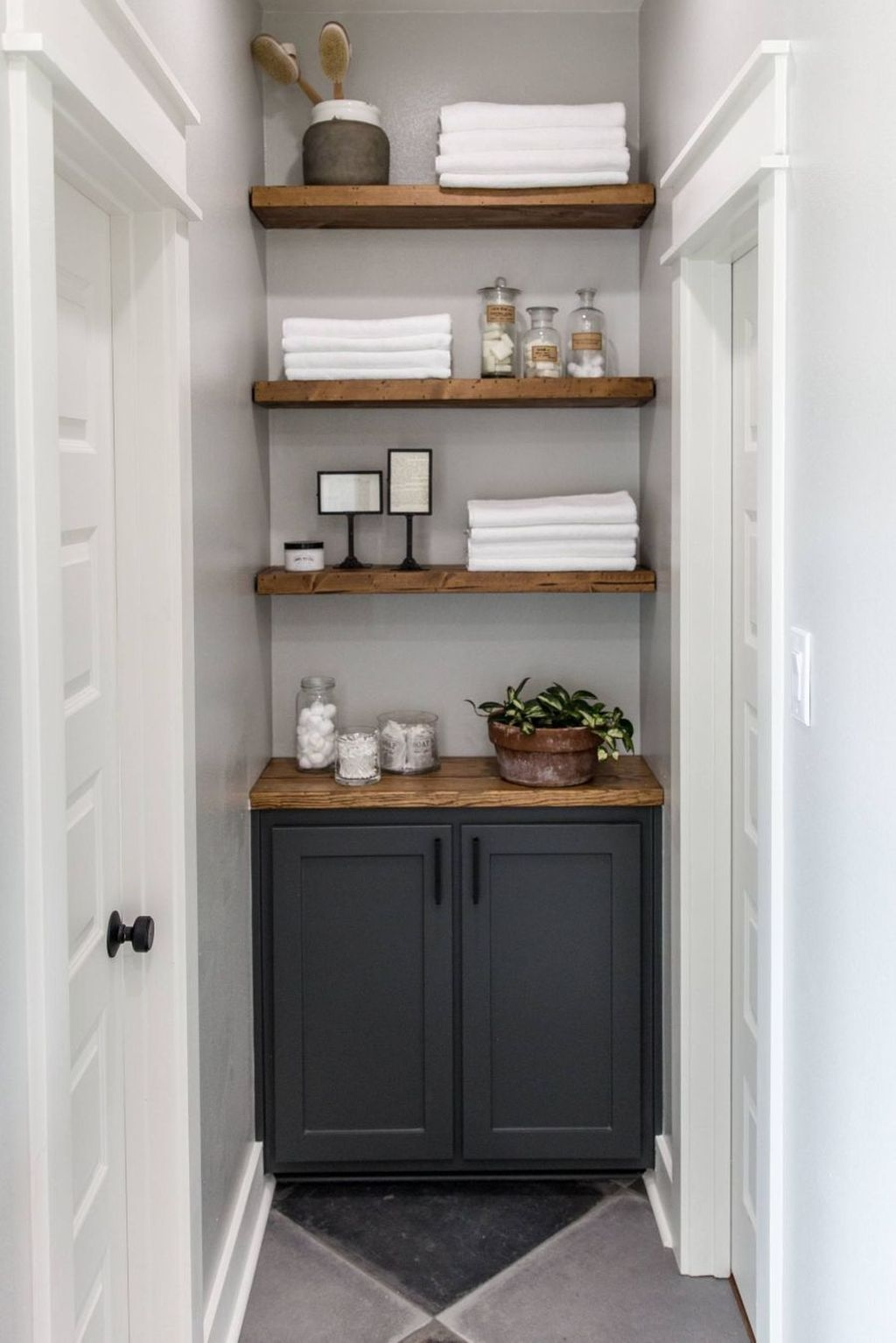 Awesome Hanging Bathroom Storage For Small Spaces 27