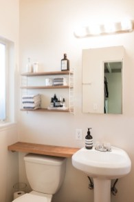 Awesome Hanging Bathroom Storage For Small Spaces 47