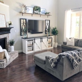 Beautiful Small Space Living Room Decoration Ideas13