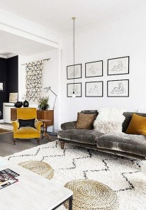 Beautiful Small Space Living Room Decoration Ideas19