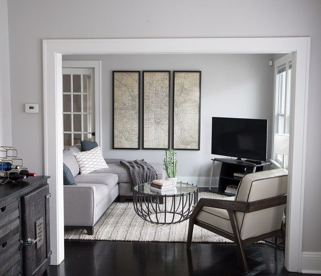 Beautiful Small Space Living Room Decoration Ideas38