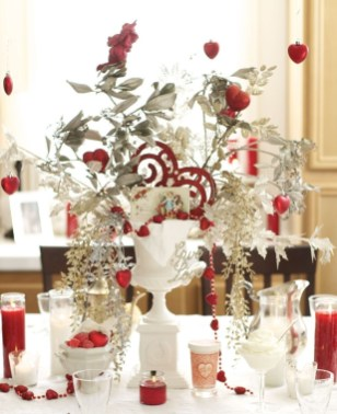 Beautiful Valentines Day Table Decor 32