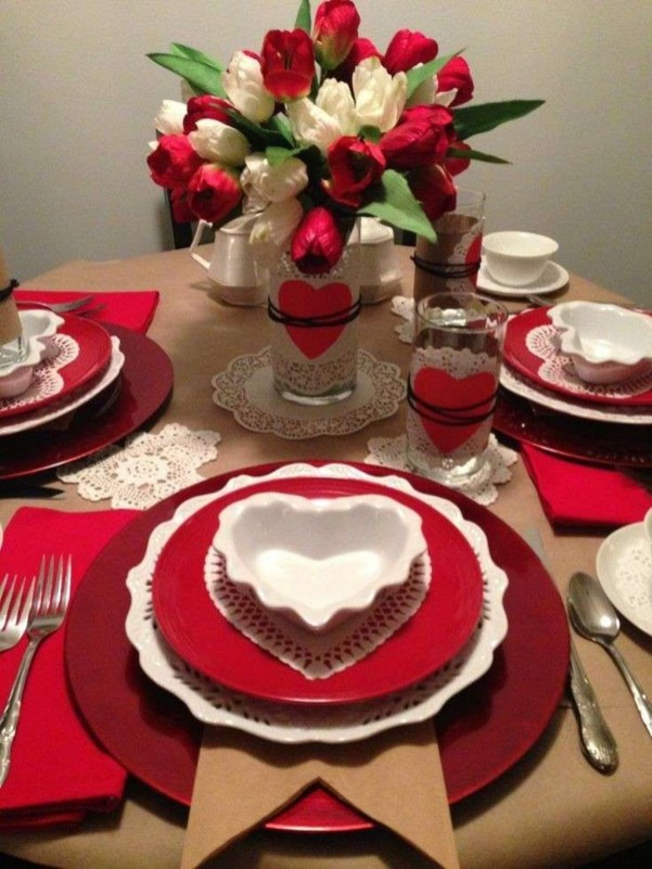 Beautiful Valentines Day Table Decor 35