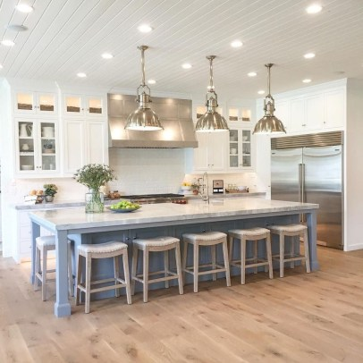 Kitchen Island Design Ideas With Marble Countertops 18