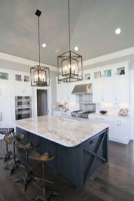 Kitchen Island Design Ideas With Marble Countertops 43