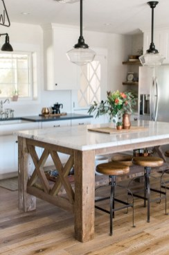 Kitchen Island Design Ideas With Marble Countertops 46