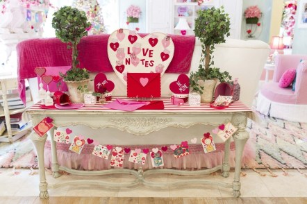 Nice Ideas For Best Valentines Day Centerpieces 20