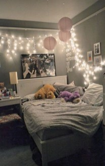 Perfect Small Bedroom Decorations 44