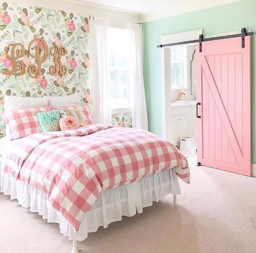 Pink Bedroom Decor You Can Try On Your Own 09