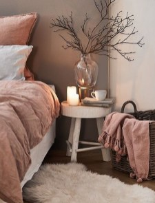 Pink Bedroom Decor You Can Try On Your Own 19