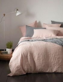 Pink Bedroom Decor You Can Try On Your Own 30