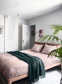 Pink Bedroom Decor You Can Try On Your Own 31
