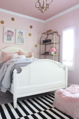 Pink Bedroom Decor You Can Try On Your Own 34