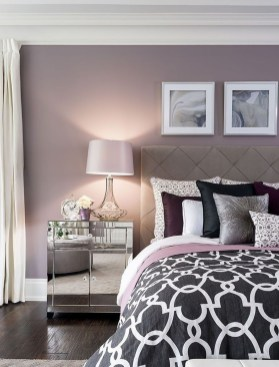 Small Master Bedroom Design With Elegant Style 35