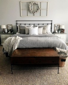 Small Master Bedroom Design With Elegant Style 48