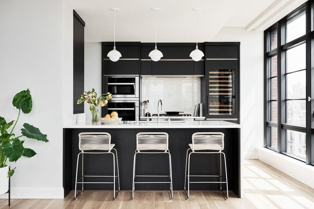 Stunning Modern Black Home Decor 14