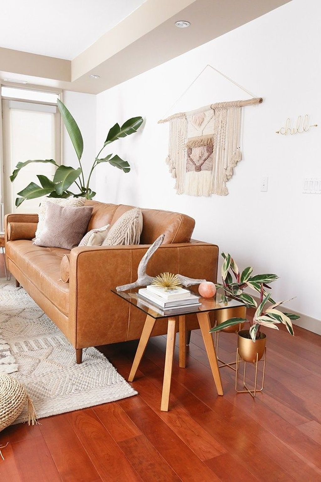 Stunning Modern Mid Century Living Room Design 44