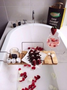 Sweet Valentines Day Bathroom Decor, Forget The Old One 33